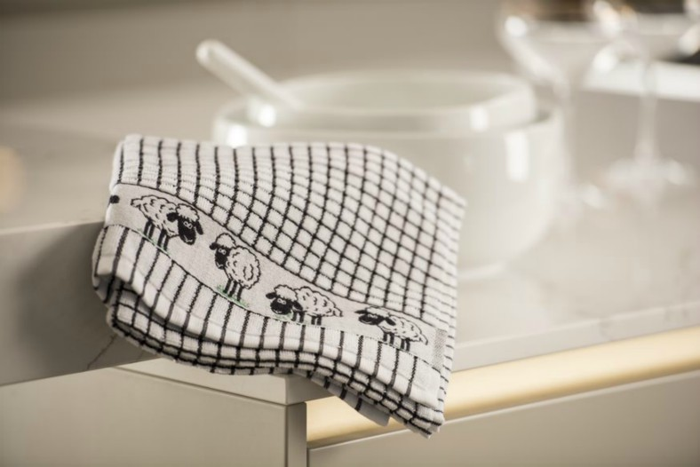 Lamont Poli-Dri Jacquard Tea Towel - Sheep